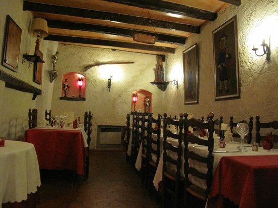 La Taverne Royale : Salle du premier étage aménagé pour l'occasion.