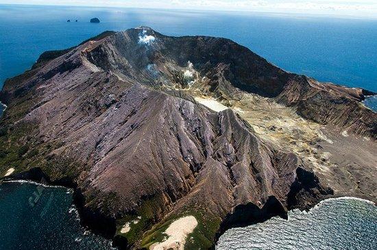 White Island Volcano: Luftaufnahme von White Island - Aerial view of White Island