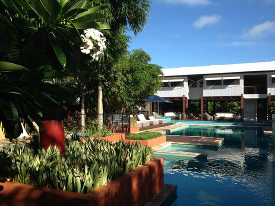 Kimberley Sands Resort & Spa: The lush gardens around the pool are a feature