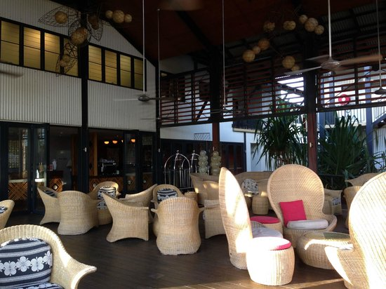 Kimberley Sands Resort & Spa: The outdoor lounge area is ideal for evening drinks