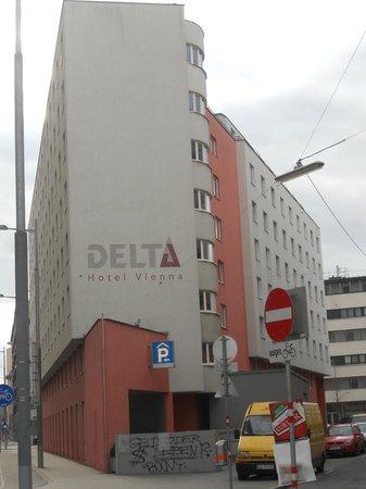 AZIMUT Vienna Delta Hotel: Vista Hotel