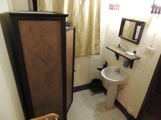 Cool Guesthouse: salle de bains