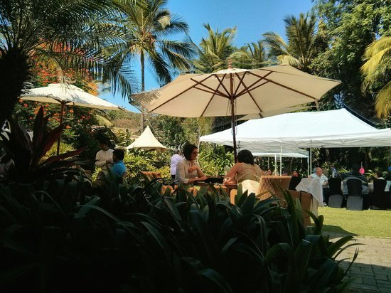 The Taj West End: Brunch like it is only at #tajwestend