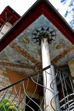 Anahuaska : Columna exterior
