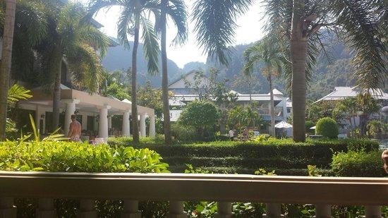 Phi Phi Island Cabana Hotel: Vue de notre balcon
