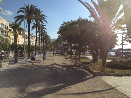 Hotel Sitges: boulevard