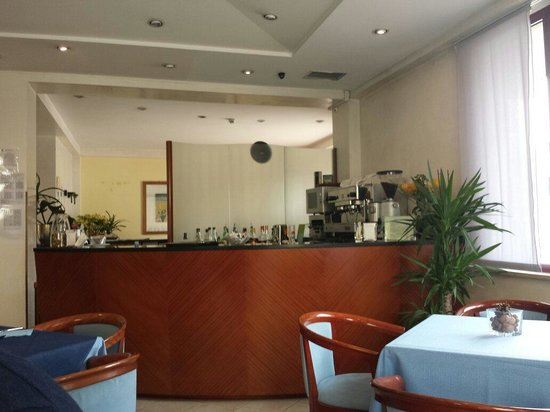 Hotel Arcangelo: Bar