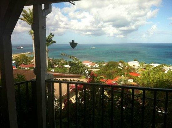 Trade Winds Hotel: Restaurant view