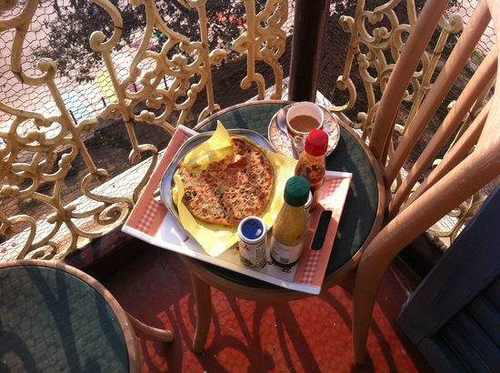 Shiva Ganges View: breakfast on the room balcony facing the river