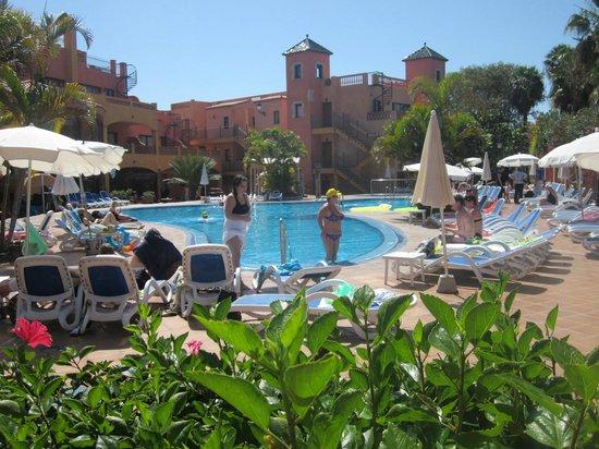 Apartments Villa Mandi: Main swimming pool