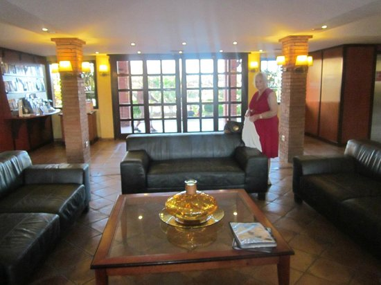 Villa Mandi Golf Resort: Reception