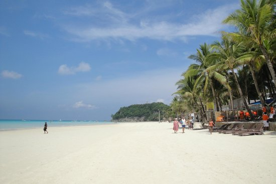 White Beach: Clean and soft sand; wide shoreline!