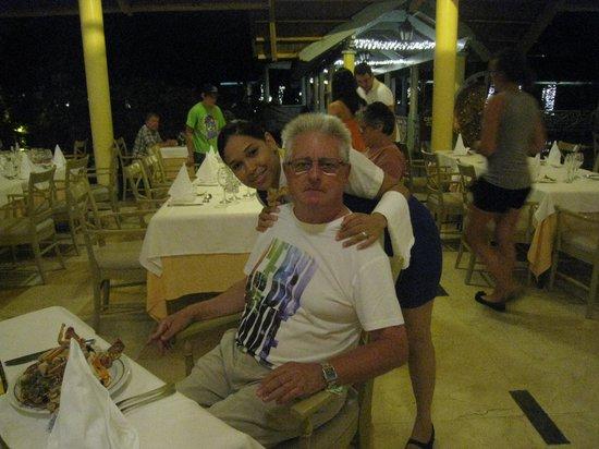 Iberostar Bavaro Suites : service assuré au restaurant:merci Sophie.
