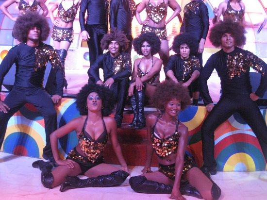 Iberostar Bavaro Suites: boogie show:des danseurs professionnels...