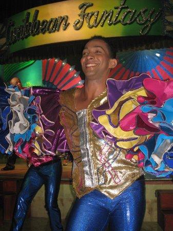 Iberostar Bavaro Suites: Luis,un des danseurs.