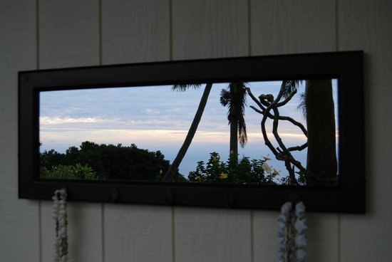 Kane Plantation Guesthouse: Spectacular sunset view each day