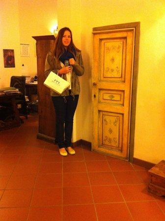 Hotel Machiavelli Palace: Alice door