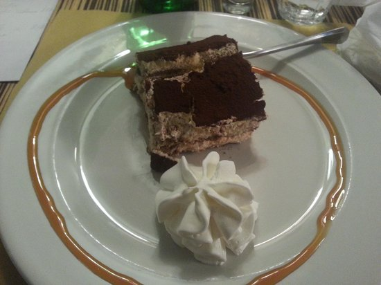 Caffe Milano: Tiramisu