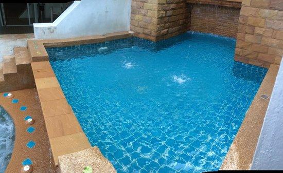 The Royal Nakara: children pool