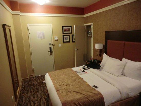 La Quinta Inn & Suites Manhattan: Habitación