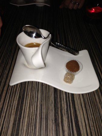 Chloe's Restaurant: espresso