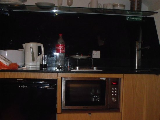 Assaha Hyde Park Apartments: cuisine