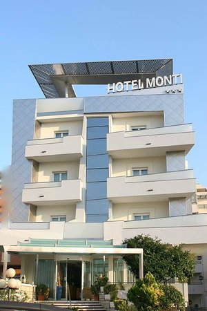 Hotel Monti