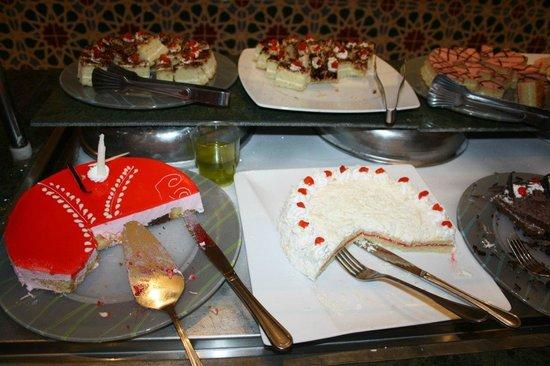 SENTIDO Mamlouk Palace Resort: тортики