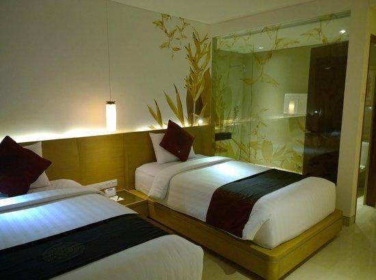 Kuta Beach Club Hotel: Das Zimmer