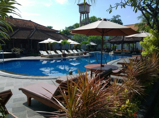 Kuta Beach Club Hotel: Der Pool