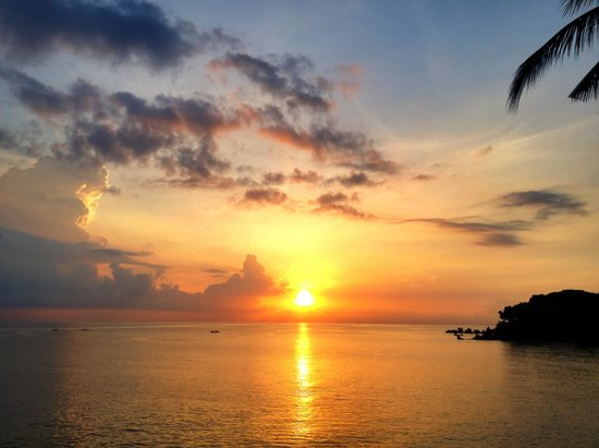 Matahari Tulamben Resort, Dive & SPA: The view from the restaurant at sunrise