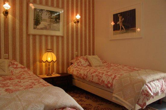 La Bonne Auberge : Twin bedroom