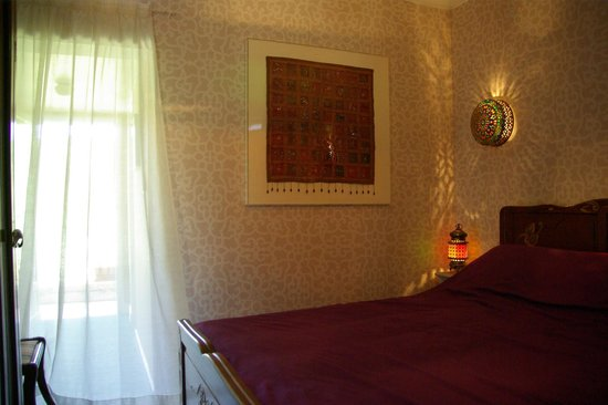 La Bonne Auberge : Double Bedroom