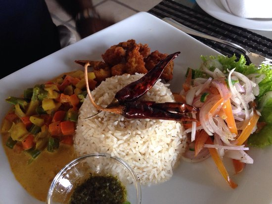 Harbour Winds Hotel: Sea food rice and curry..