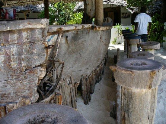 Alhapa Hotel : Bardisken av gamla Dhowe båtar