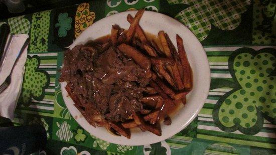 Olde Log Inn: beef and sweet potato fries