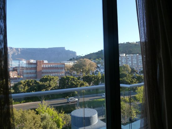 Waterfront Village : Back view of the apartment (facing Table Mountain)