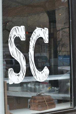 Sweet Corner BakeShop: exterior