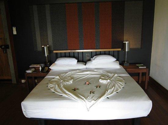 Heritance Kandalama: Luxury Bedroom