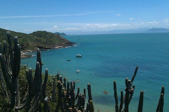 Joao Fernandes Beach: vista desde el mirador (mirante)
