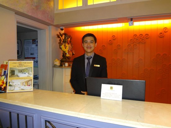 Salil Hotel Sukhumvit Soi 11: George @ the Front Desk