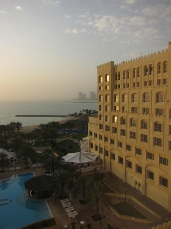 InterContinental Doha: Well maintained hotel; sea view