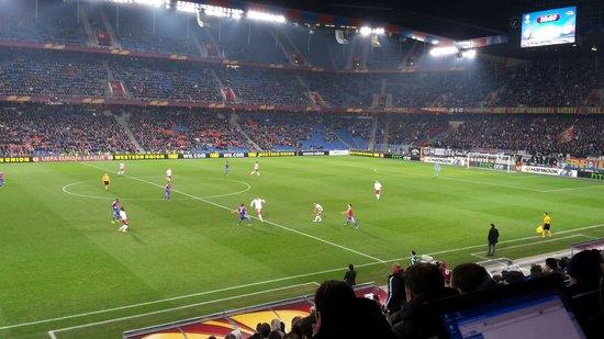 Stadion St Jakobpark: Parc Saint-Jacques.