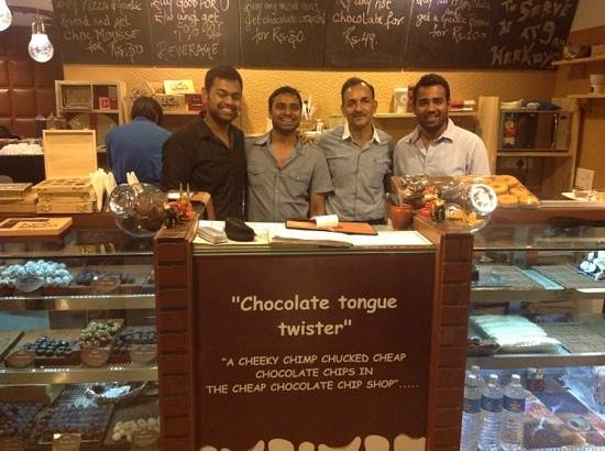 Nibs Cafe & Chocolataria: happy times with owners