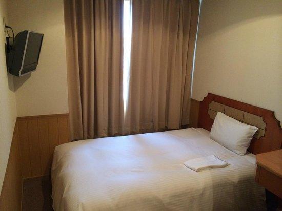 Chabira Hotel Naha: Bed