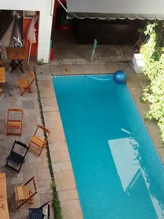 Telstar Hostel : the pool