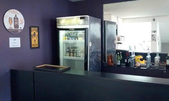 Telstar Hostel : the bar