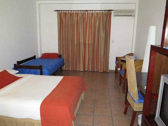 Royal Decameron Salinitas: View of room