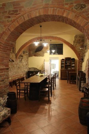 Agriturismo le Caggiole : Beautiful dining room to eat the dinner we cooked with the family