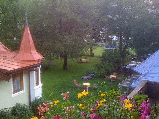 Hotel Residence Gruber: Ausblick im Sommer